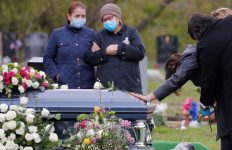 USA Registers More Than 100,000 Coronavirus Deaths (One Day After Memorial Day)